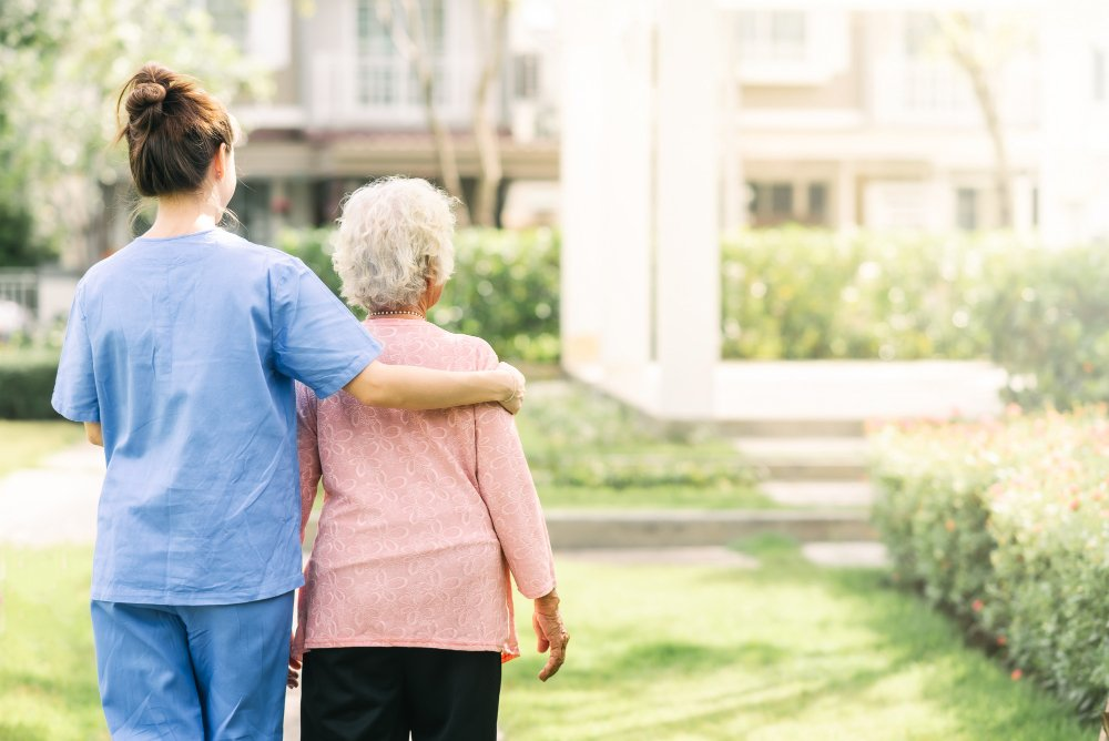 What are the benefits of nursing homes
